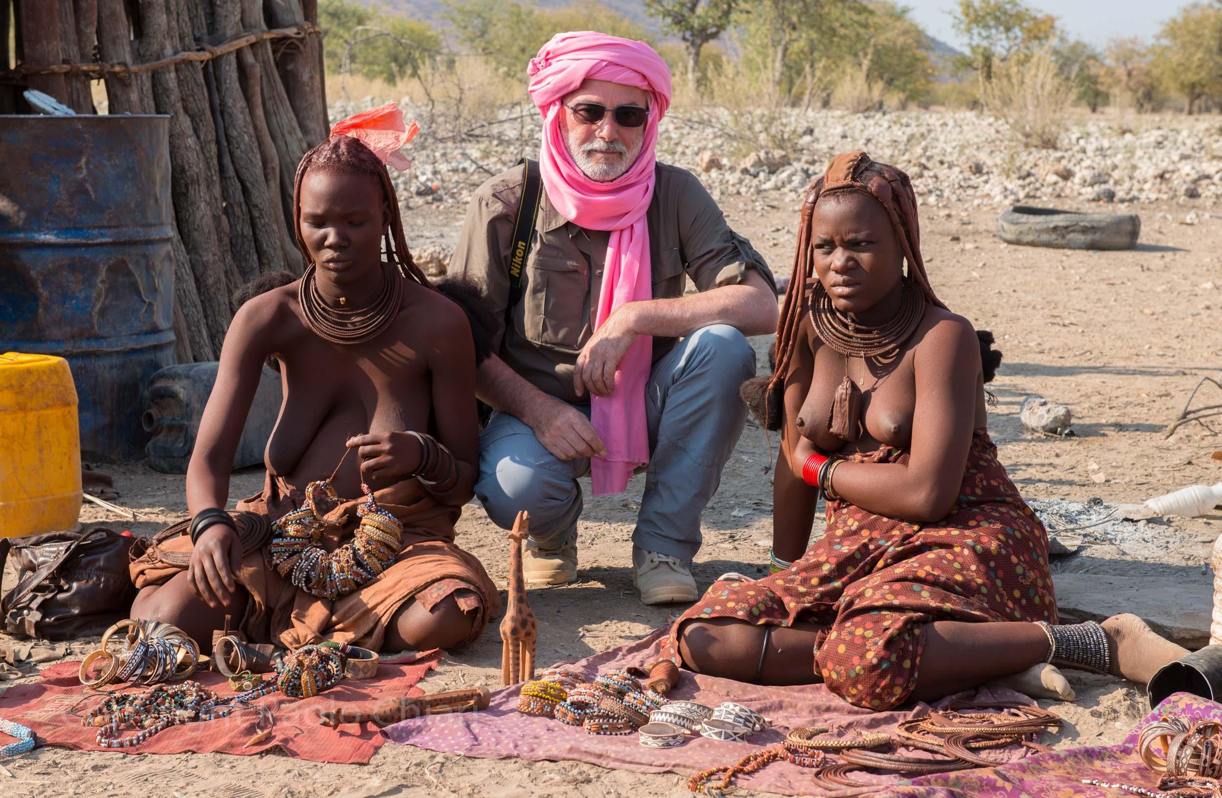 Paolo con le Himba